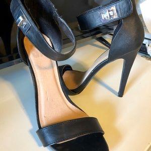 SM New York Shoes - Black heels